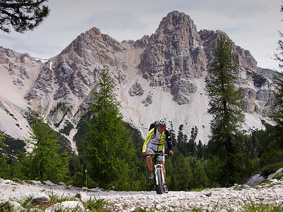 Mountain bike San Vigilio