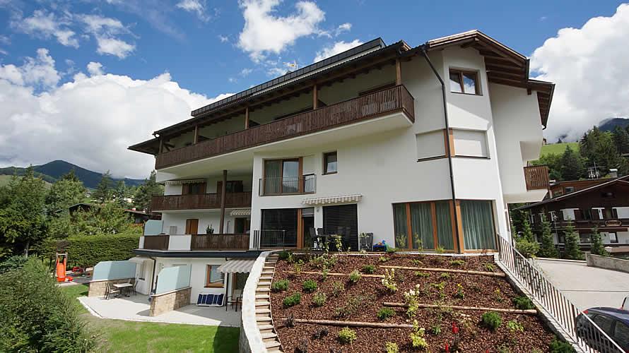 Appartamenti san vigilio di marebbe residence plan de - Residence sulle piste da sci con piscina ...